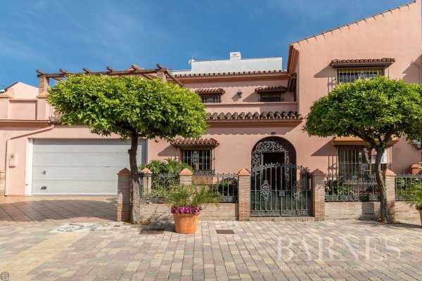 Townhouse Estepona  -  ref 4163323 (picture 3)