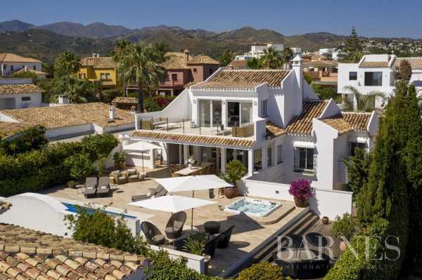 Villa Marbella  -  ref 5703586 (picture 1)