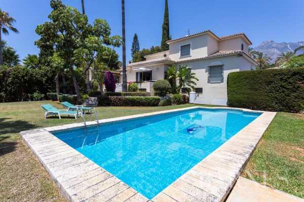 Villa Marbella  -  ref 4003966 (picture 1)