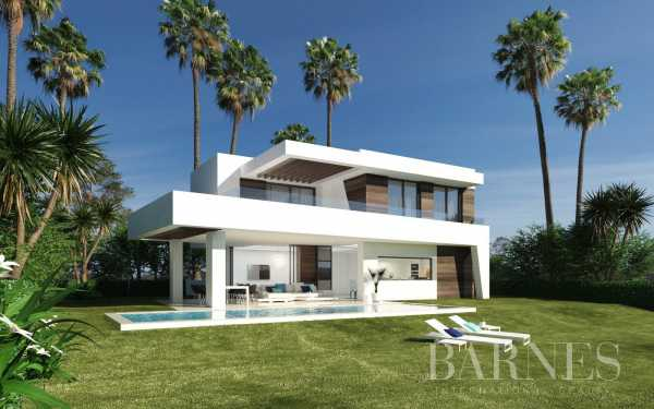 Villas independientes junto al Club de Golf La Resina Estepona  -  ref 3889161 (picture 3)