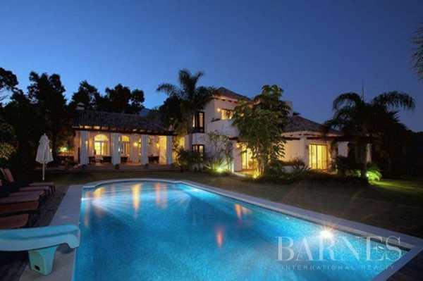 Villa Marbella  -  ref 3935781 (picture 1)