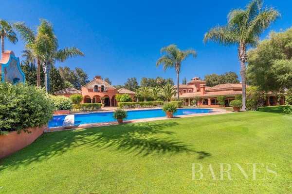 Villa Sotogrande  -  ref 4612601 (picture 2)