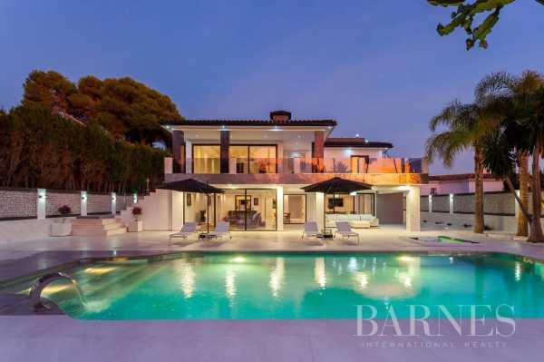 Villa Elviria  -  ref 5704306 (picture 3)
