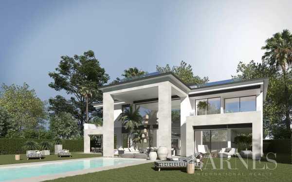 villas innovantes situées sur des parcelles individuelles dans un certain nombre d'endroits de premier choix Marbella  -  ref 4243160 (picture 2)