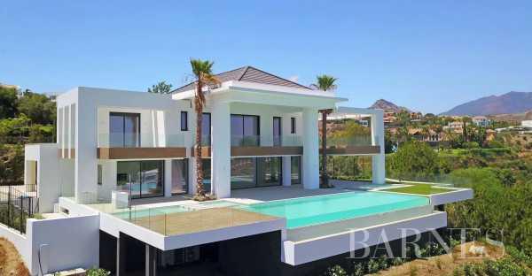 Villa Estepona  -  ref 5549961 (picture 2)