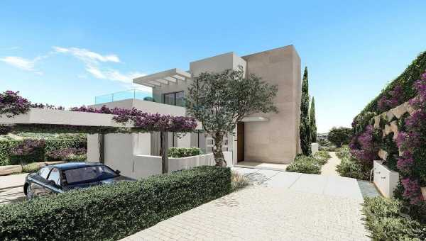 Frontline Golf Villas 3 to 6 Bedrooms Estepona  -  ref 3161223 (picture 2)