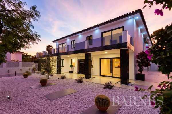 Villa Elviria  -  ref 5704306 (picture 1)