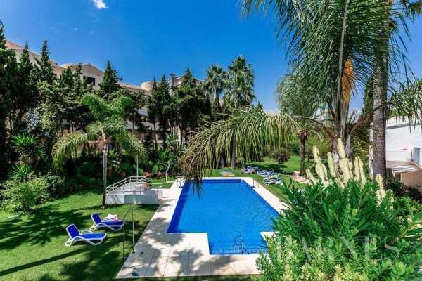 Triplex Nueva Andalucia  -  ref 4464229 (picture 2)