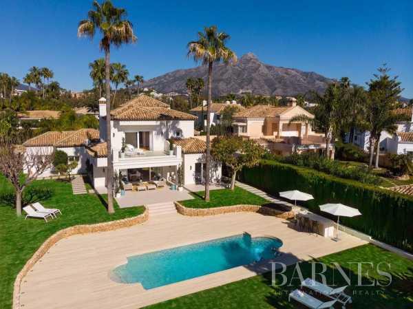 Villa Nueva Andalucia  -  ref 3883990 (picture 1)