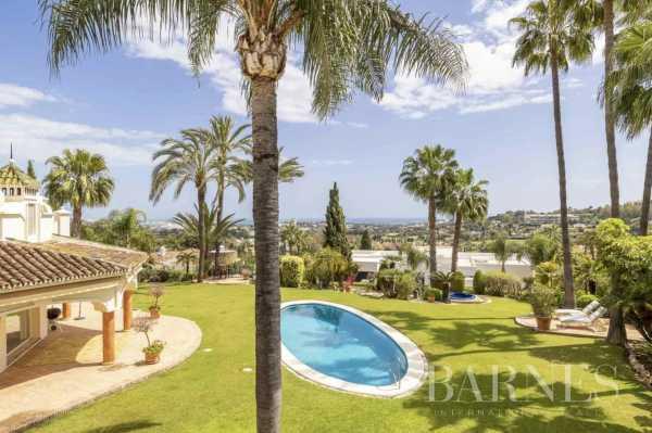 Villa Marbella  -  ref 5709367 (picture 1)