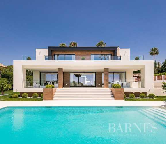 Villa Nueva Andalucia  -  ref 3915346 (picture 3)