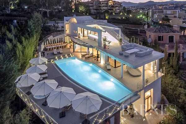 Villa Marbella  -  ref 5710220 (picture 1)