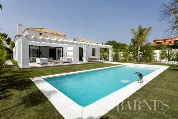 Villa Guadalmina  -  ref 5288608 (picture 1)