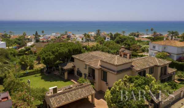 Villa Elviria  -  ref 5671095 (picture 1)