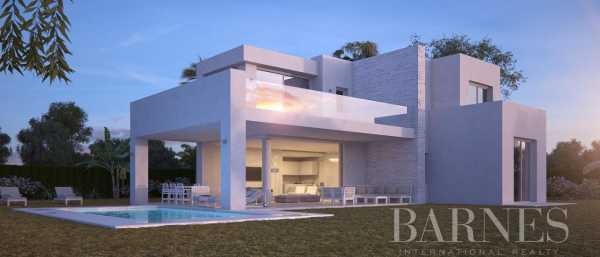 High End Villas Marbella  -  ref 4048057 (picture 1)