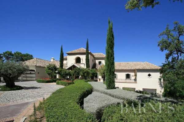 Villa Benahavís  -  ref 5752875 (picture 2)