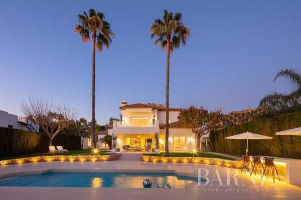 Villa Nueva Andalucia  -  ref 3883990 (picture 3)