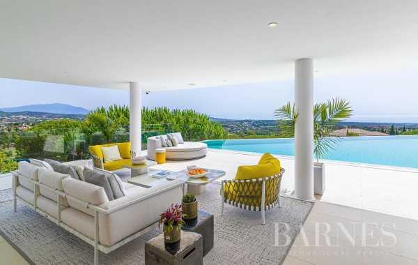 Villa Sotogrande  -  ref 4828340 (picture 2)