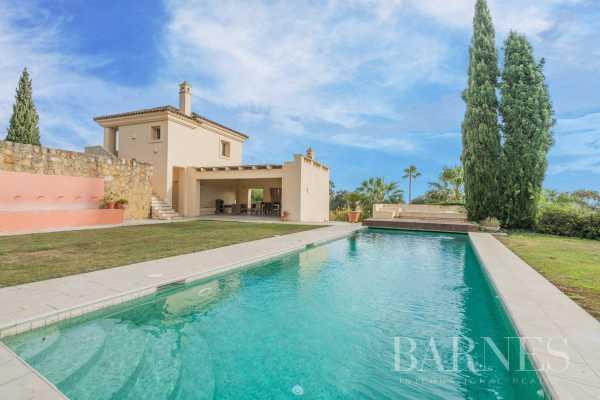 Villa Sotogrande  -  ref 3681853 (picture 2)