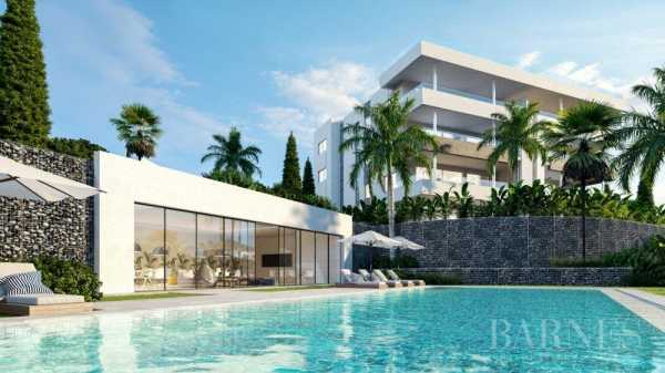 Exclusive residential project with beautiful views of golf & the Mediterranean Marbella  -  ref 3272633 (picture 1)