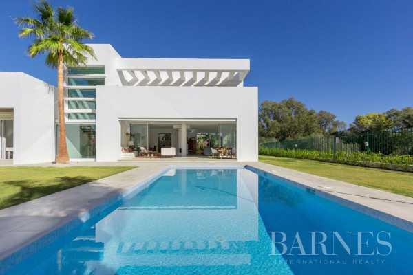Villa Guadalmina  -  ref 3959301 (picture 2)
