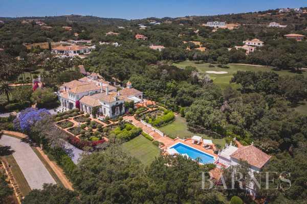 Villa Sotogrande  -  ref 5849207 (picture 1)