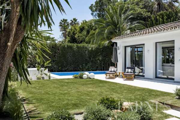 Villa Nueva Andalucia  -  ref 5704184 (picture 1)