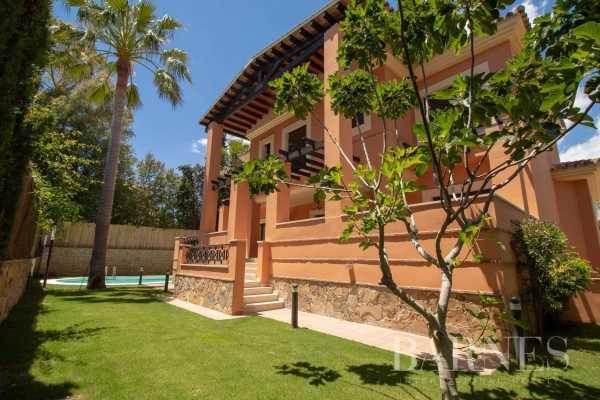 Villa Marbella  -  ref 5693054 (picture 2)