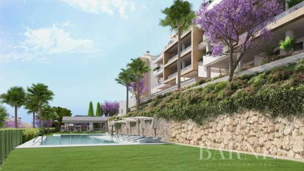 An oasis of serenity in the heart of the Costa del Sol 2, 3 & 4 bedroom contemporary apartments Benalmádena  -  ref 4353581 (picture 3)