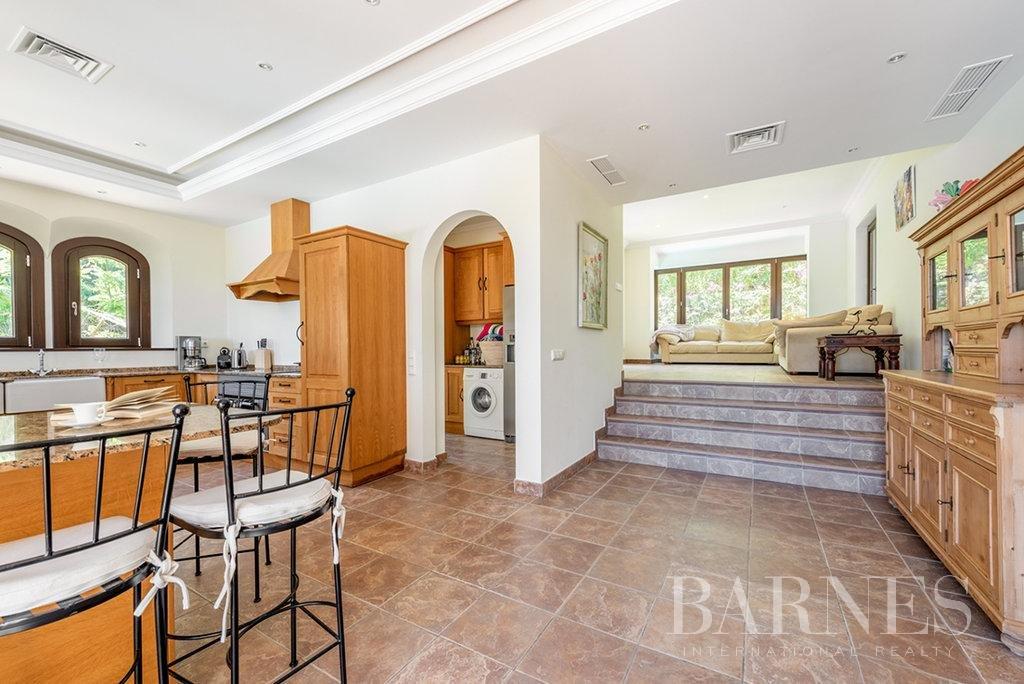 Sotogrande  - Villa 20 Cuartos 8 Habitaciones - picture 6