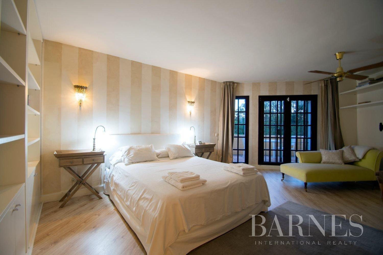 Estepona  - Villa 21 Cuartos 7 Habitaciones - picture 15