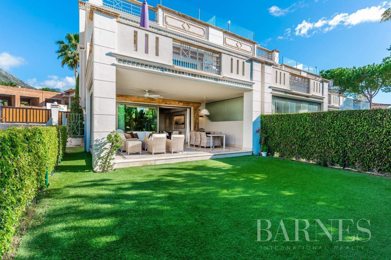 Marbella  - Casa adosada 15 Cuartos 5 Habitaciones - picture 1