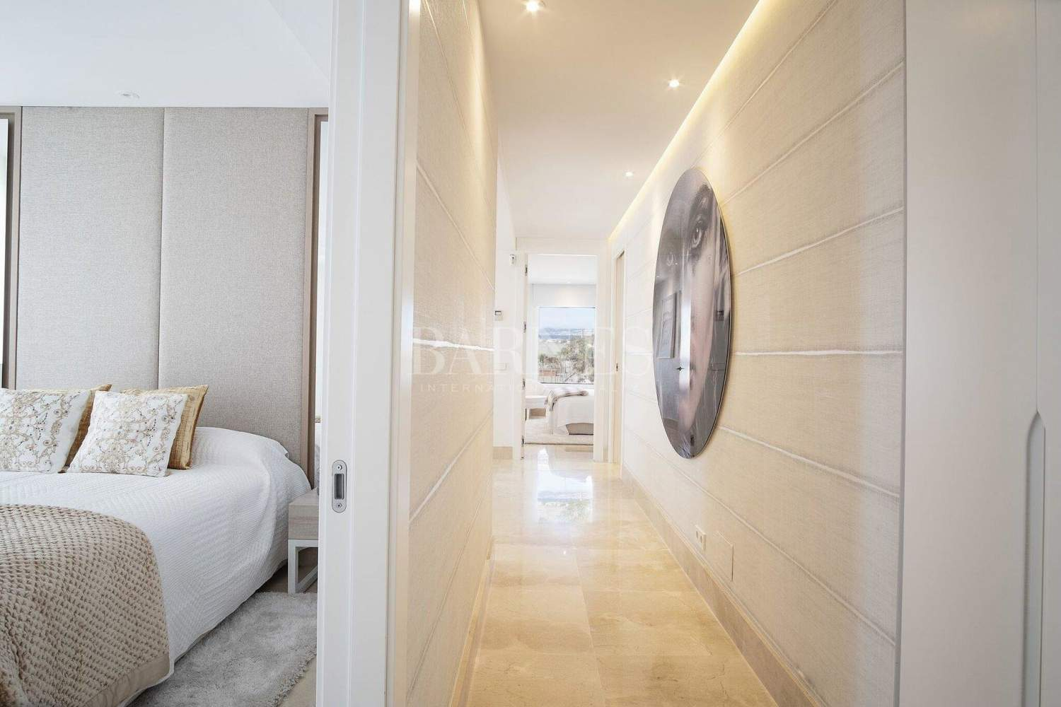 Estepona  - Apartment 2 Bedrooms - picture 15