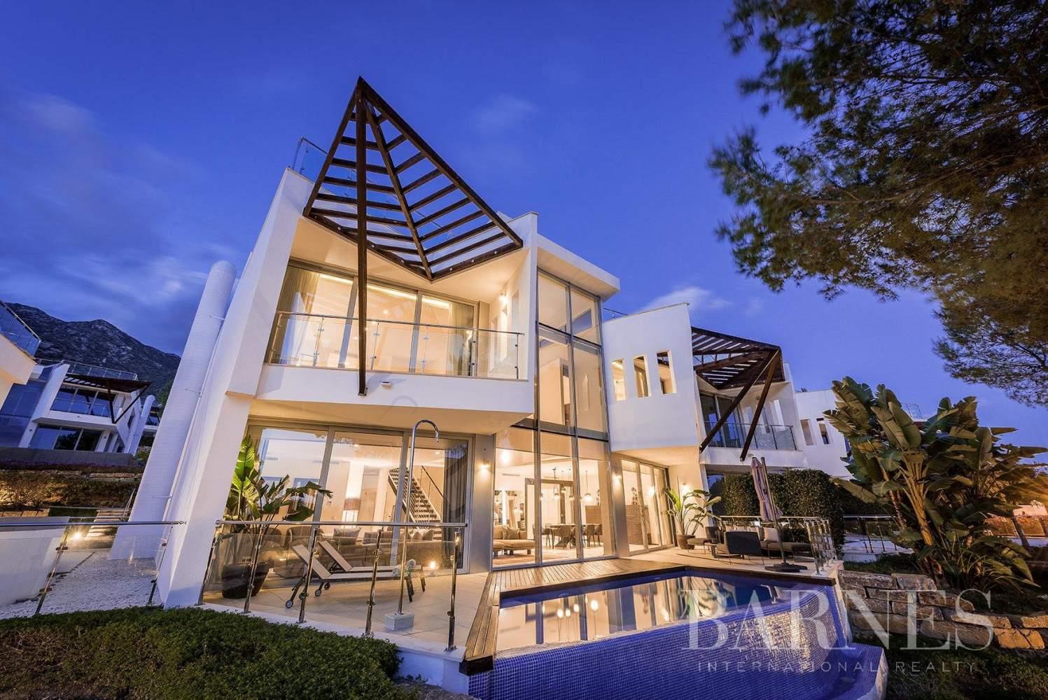Marbella  - Villa 15 Cuartos 4 Habitaciones - picture 5