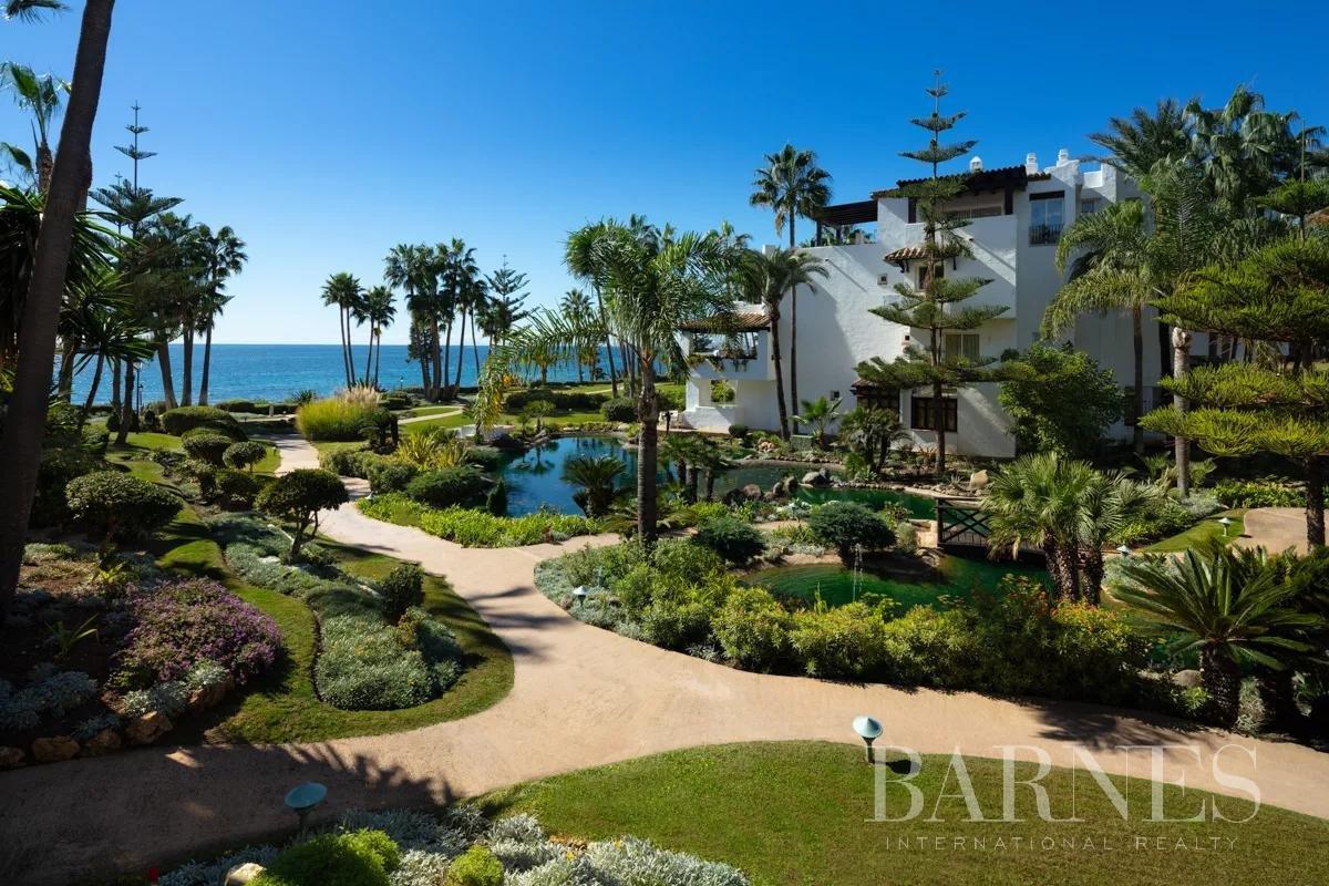 Marbella  - Piso 12 Cuartos 3 Habitaciones - picture 2