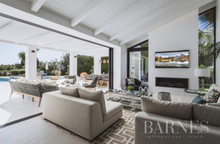 Marbella  - Villa 15 Cuartos 4 Habitaciones - picture 2