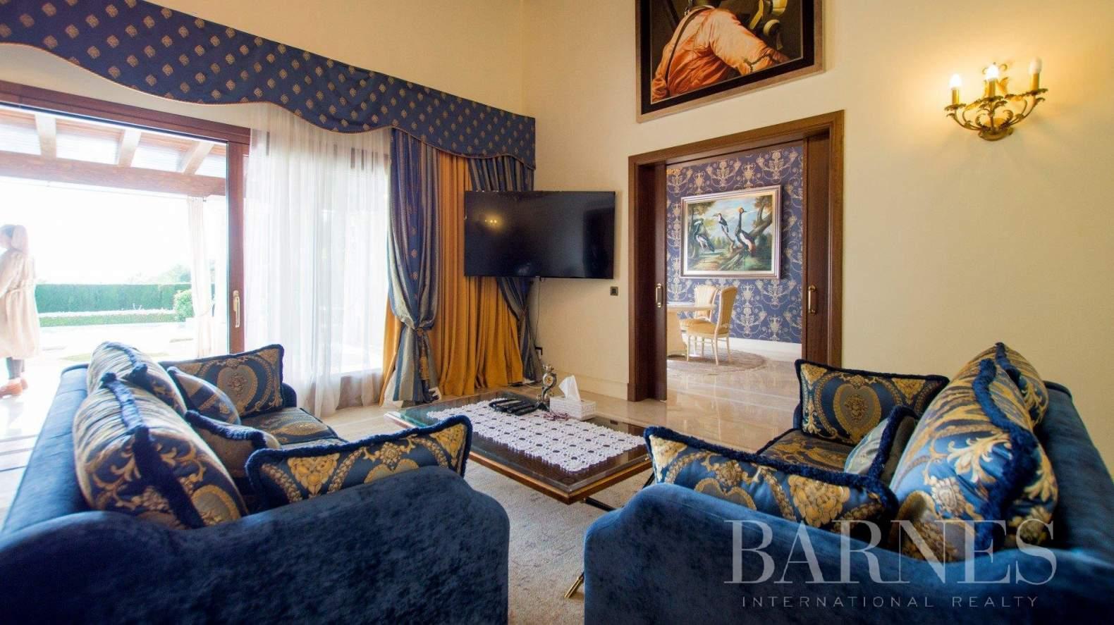 Benahavís  - Villa 20 Cuartos 5 Habitaciones - picture 8