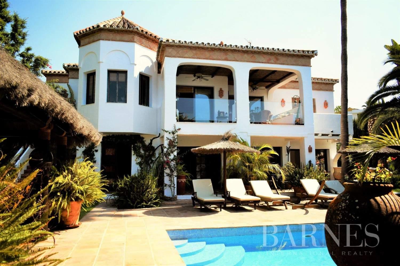 Marbella  - Villa 8 Cuartos 7 Habitaciones - picture 1
