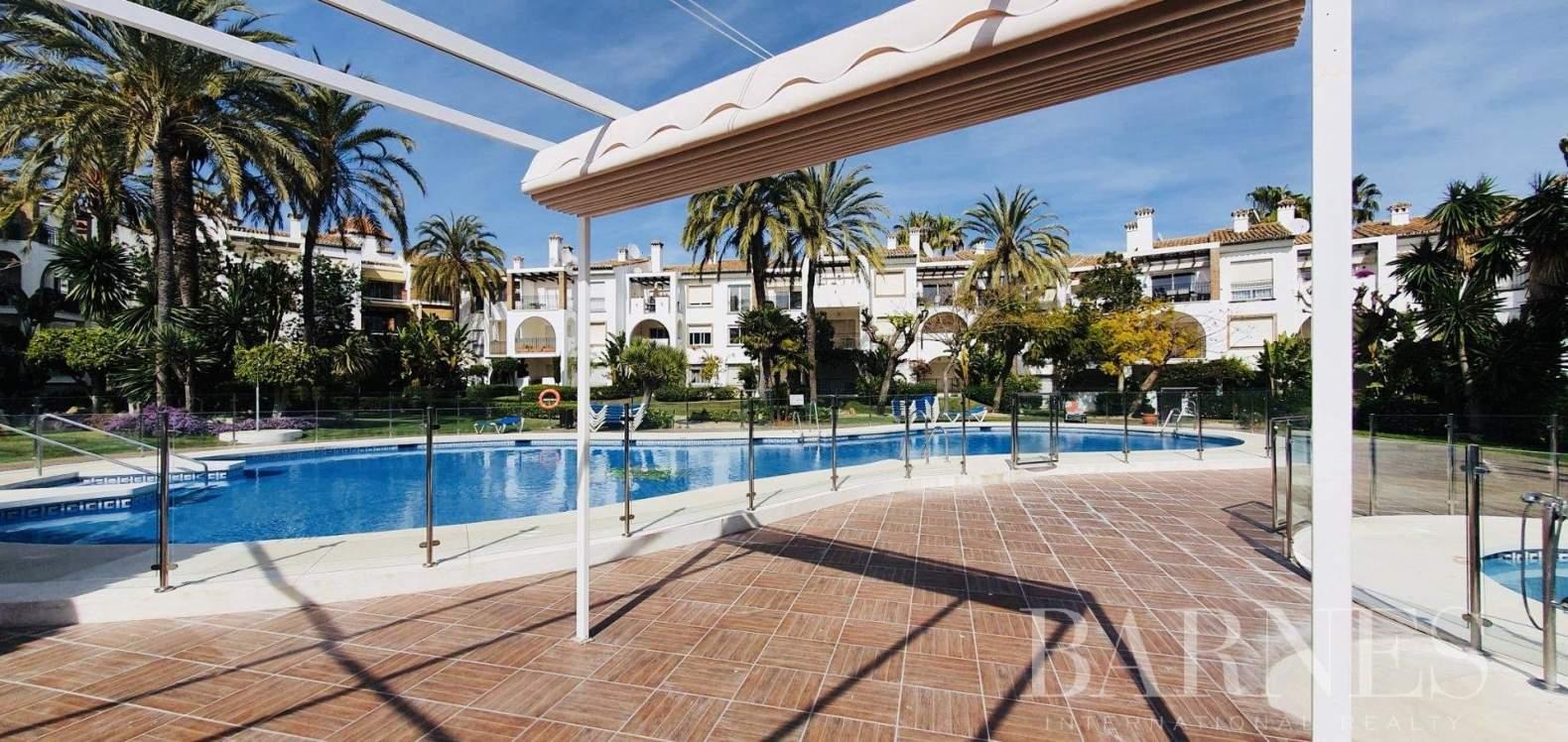 Estepona  - Appartement 7 Pièces 2 Chambres - picture 3
