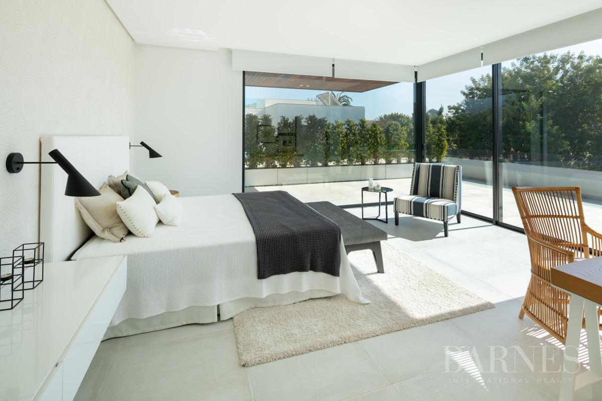 Estepona  - Villa 22 Cuartos 4 Habitaciones - picture 17