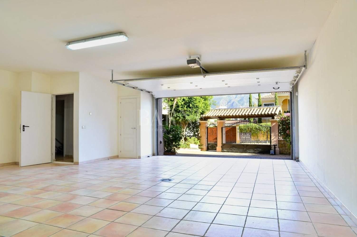Nueva Andalucia  - Villa 15 Pièces 4 Chambres - picture 12