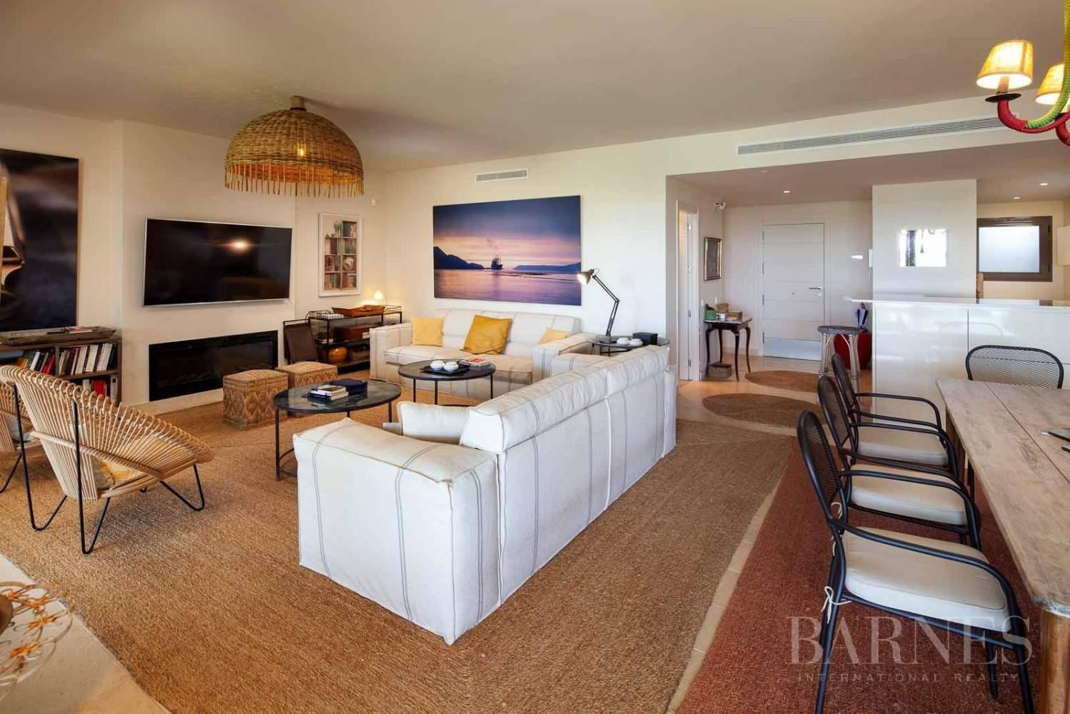 Casares  - Apartment 4 Bedrooms - picture 10