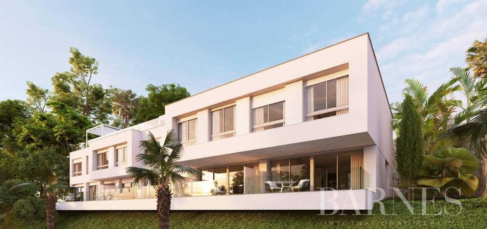 Estepona  - Casa 10 Cuartos 3 Habitaciones - picture 1