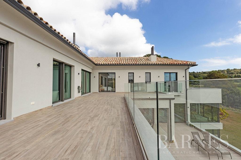 Sotogrande  - Villa 20 Pièces 5 Chambres - picture 11
