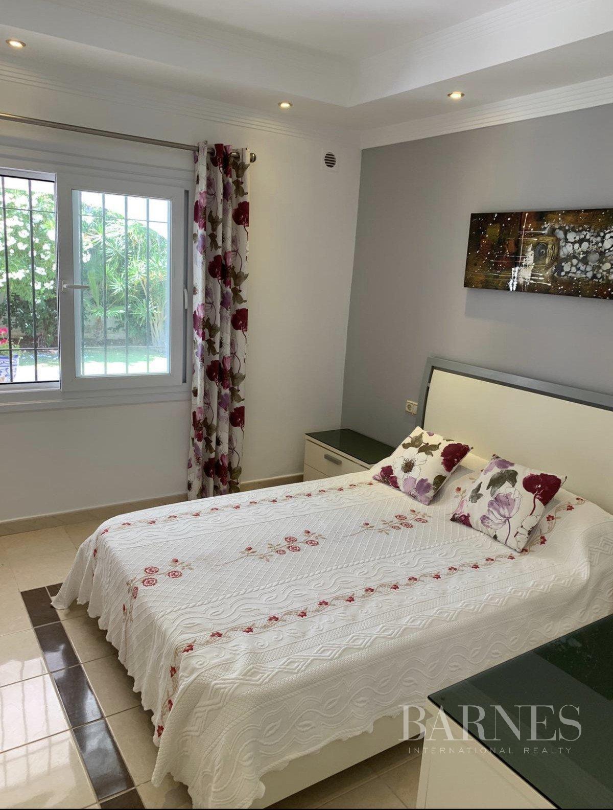 Elviria  - House 3 Bedrooms - picture 10