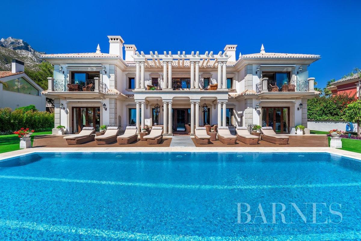 Marbella  - Villa 25 Cuartos 8 Habitaciones - picture 3