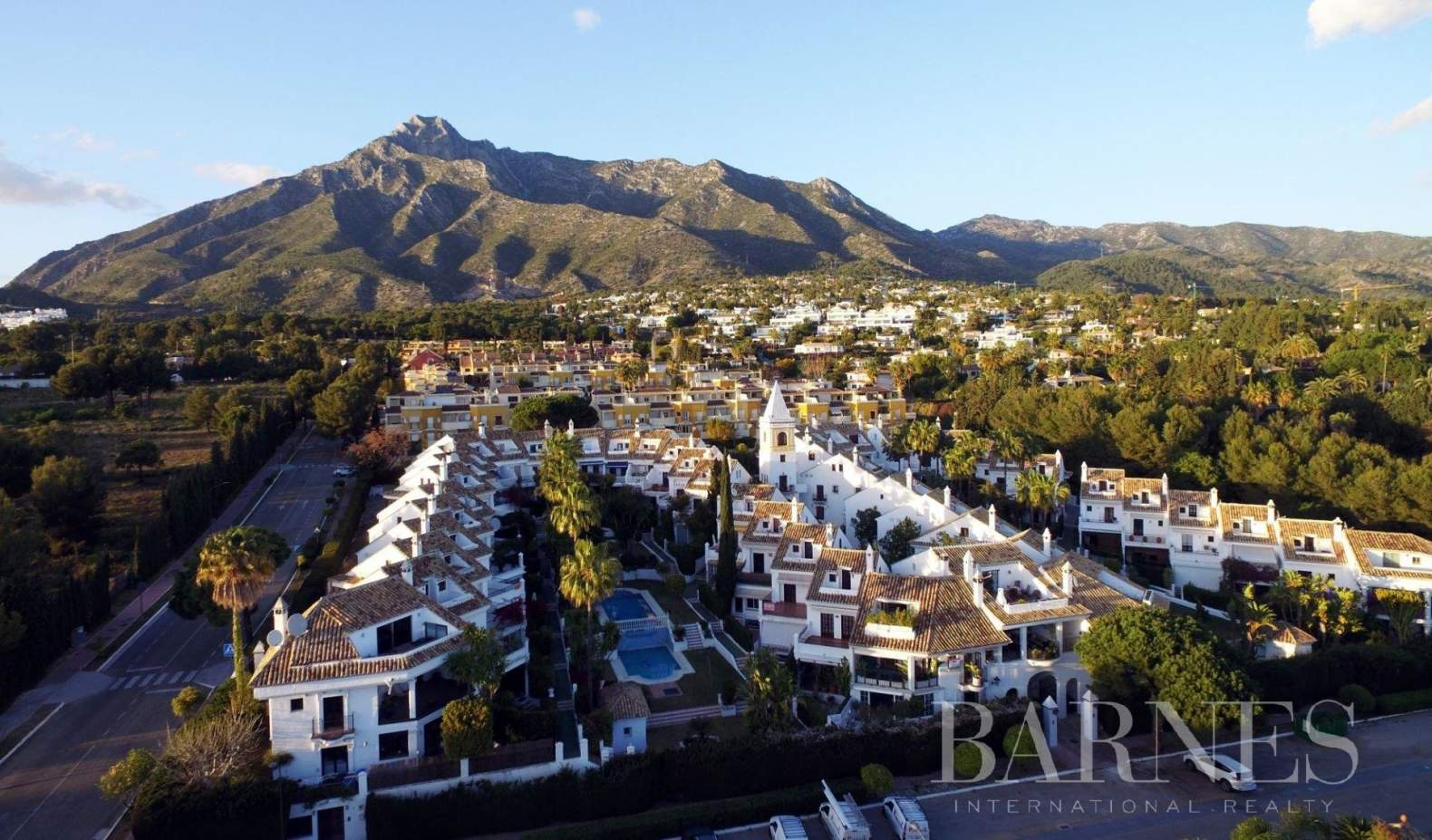 Marbella  - Piso 20 Cuartos 4 Habitaciones - picture 5