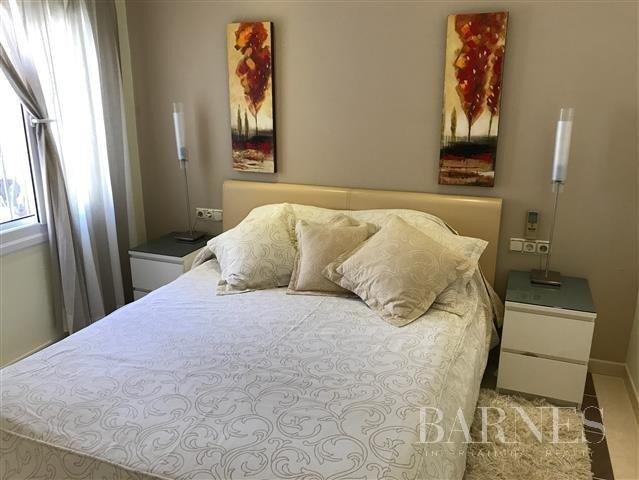 Elviria  - House 3 Bedrooms - picture 8