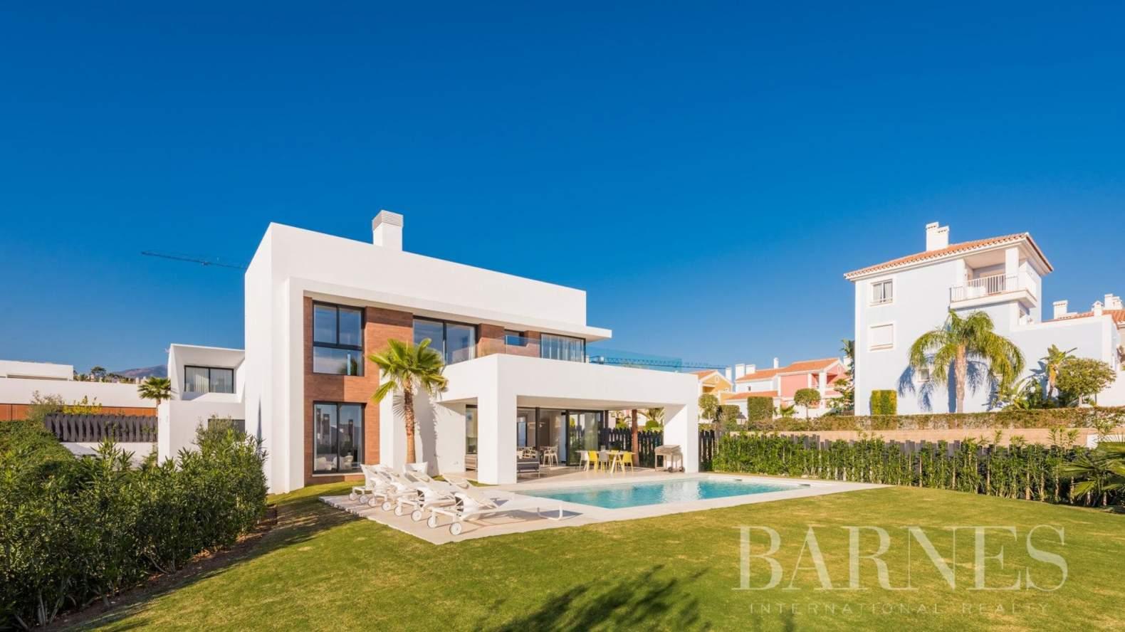 Estepona  - Villa  5 Habitaciones - picture 2