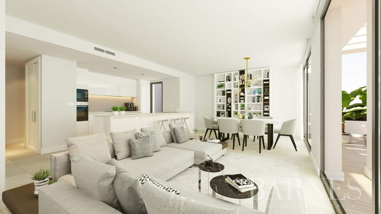 Estepona  - Apartment 2 Bedrooms - picture 4